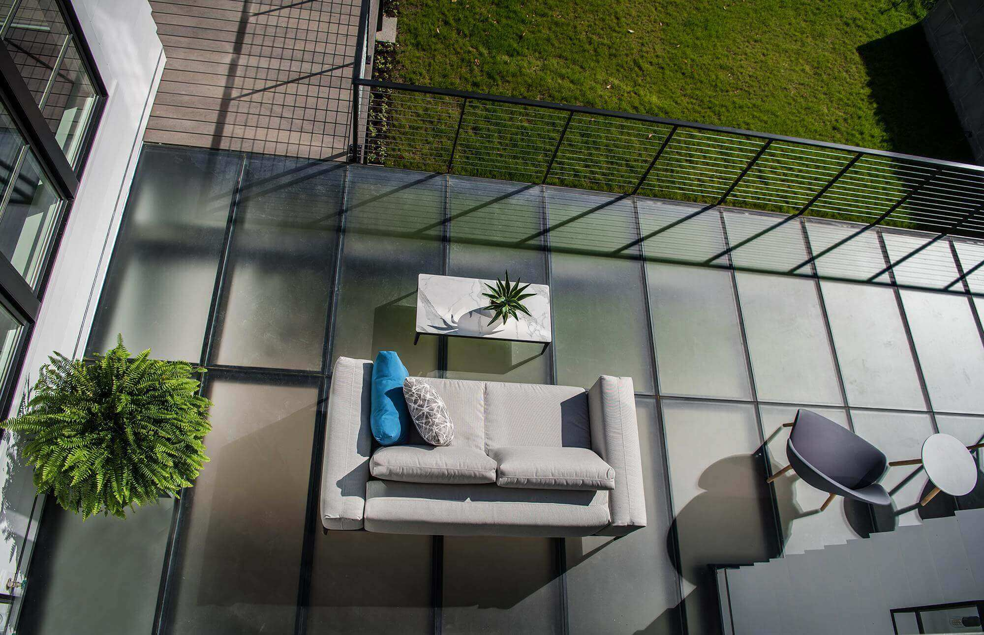 Meadowcroft Glass Deck1